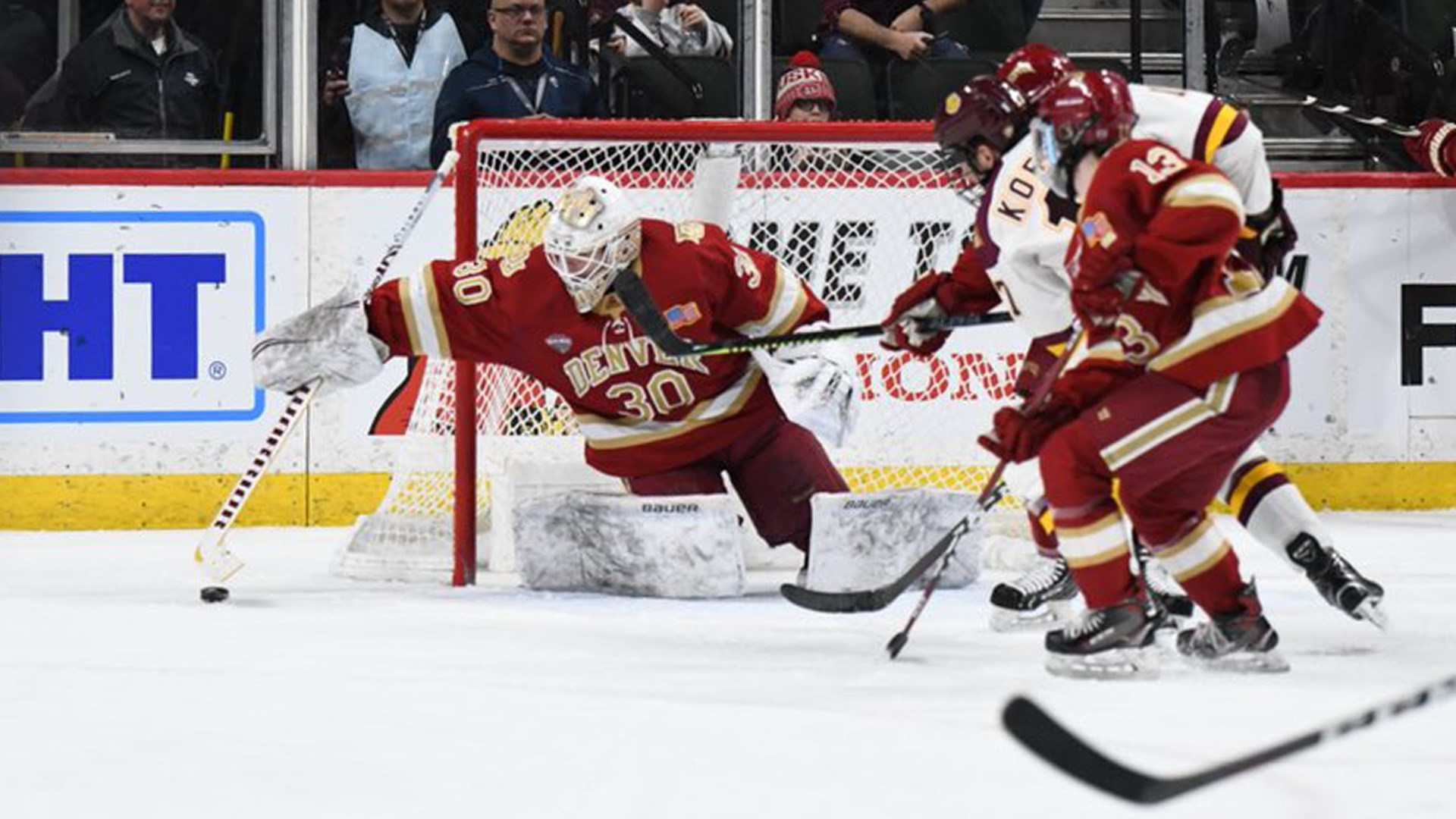 Denver Falls to Minnesota Duluth in Frozen Faceoff Semifinal